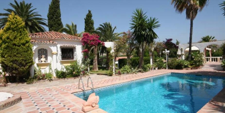 Large finca Marbella Finca Buenaventura pool