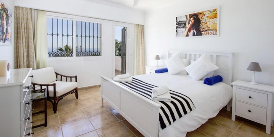 Large villa Estepona Villa Jasmine bedroom 2 upstairs