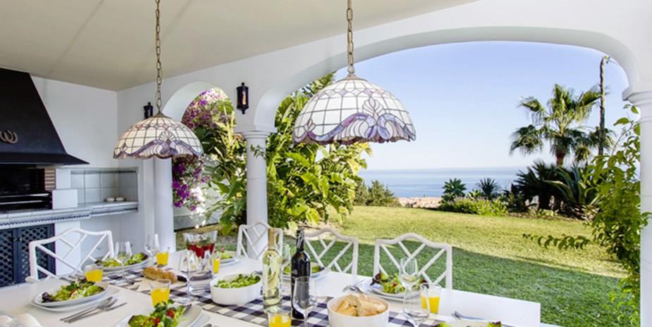 Large villa Estepona Villa Jasmine terrace dining and bbq