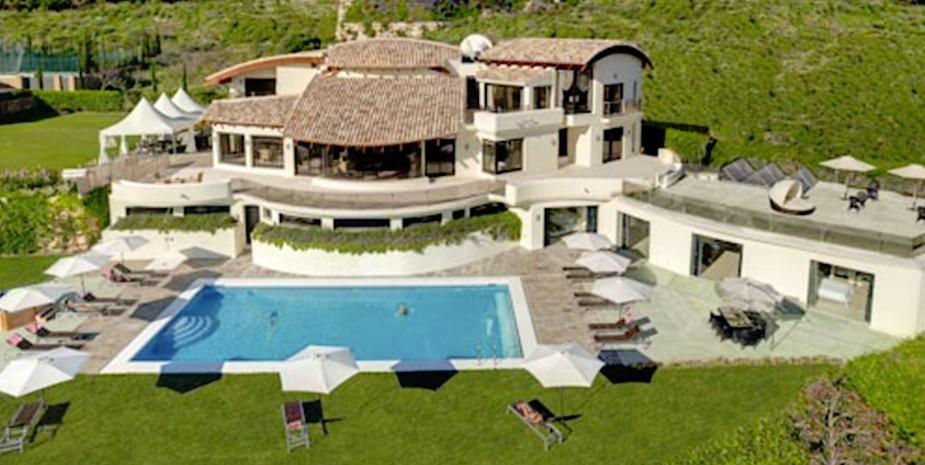 Luxury villa Marbella 10 bedrooms Villa el Cano aeriel shot