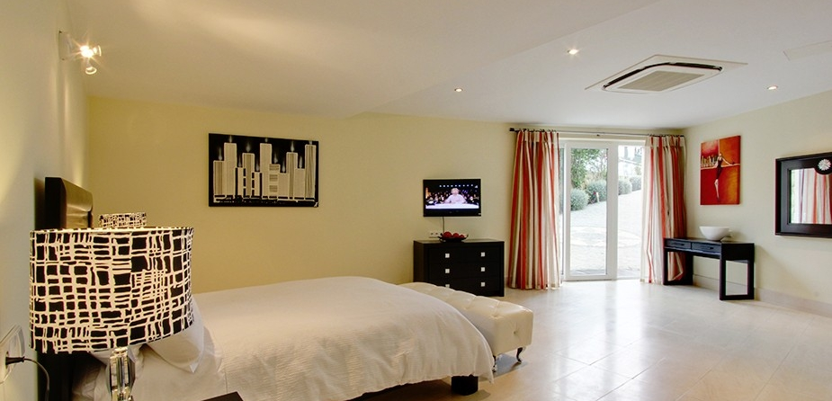Villa el Cid luxury villa Marbella bedroom lower ground floor