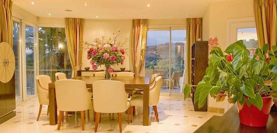 Villa el Cid luxury villa Marbella dining room